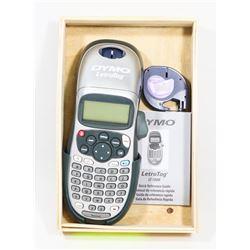 WOOD BOX W/DYMO LETRATAG LT-100H,