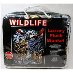 "NEW ""WILDLIFE"" LUXURY PLUSH BLANKET"