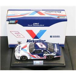 MARK MARTIN VALVOLINE LIMITED EDITION 1:18 REVELL