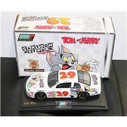 TOM AND JERRY LIMITED EDITION 1:18 REVELL NASCAR
