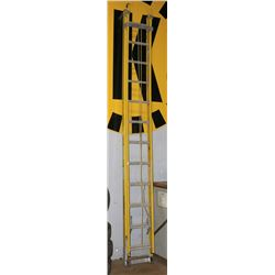 24FT FEATHERLITE EXTENSION LADDER