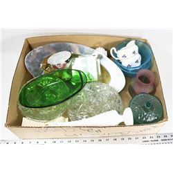 BOX OF ASSORTED COLLECTIBLE DISHES