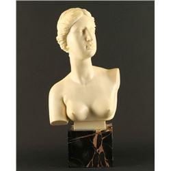 Superb Italian Statue of Greek Goddess