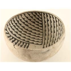 Prehistoric Anasazi Black on White Bowl