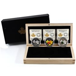 2016 Canada $20 Majestic Maple Leaves with 5-coin Set in Deluxe Display Case (Tax Exempt). Outer box