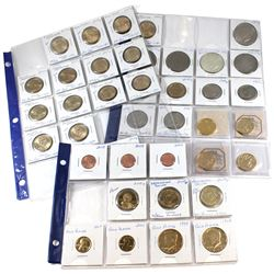 Estate Lot of Mixed USA Eisenhower, Susan B. Anthony, Sacagawea & Presidential Dollars in Plastic Pa