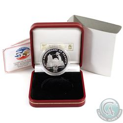2000 Niue $10 Peanuts 50th Anniversary Sterling Silver Coin Weighing 28.28 grams in Red Pobjoy Mint