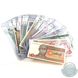 Estate Lot 1942-2006 World Banknote Collection from 20 Different Countries in UNC Condition. 20pcs.