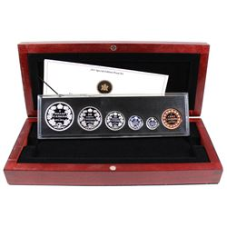 2011 Canada 1911 Silver Dollar Centennial Special Edition Proof Set. Outer box contains minor wear.