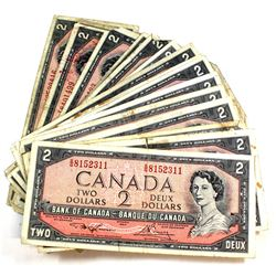 32x 1954 $2 Bank of Canada Banknote Collection in Circulated Condition. 32pcs.
