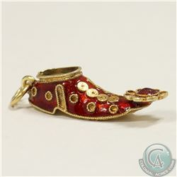 18K Yellow Gold Persian Slipper with Red Enamel Charm/Pendant. 1.8grams