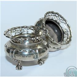 1900 London; Goldsmiths & Silversmiths Co. Ltd. Sterling Salt Cellars. Cellars stand 2 inches in Hei
