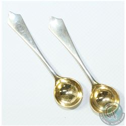 1891 'London' Walter & John Barnard Sterling Silver Salt Spoons. Attractive spoons with eye catching