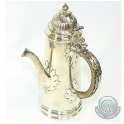 1909 'London' Wakely & Wheeler Sterling Silver Chocolate Pot.  This beautifully crafted piece contai