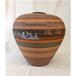 Large Navajo Etched Pot With Ribbons