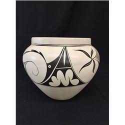 Navajo Pot - Mary Saxon