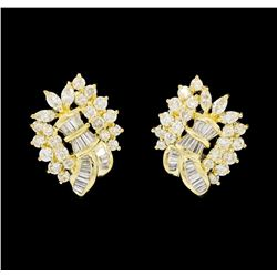18KT Yellow Gold 2.89 ctw Diamond Earrings