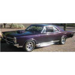 "xXx (2002) -  Screen Used 1967 Pontiac ""GTO"" (Pontiac LeMans) with Missile Headlights"