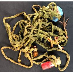 Dungeons & Dragons (2000) - Rope/Magic Props Lot