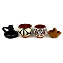 4 Pieces of Native American and Mexican Pottery