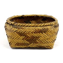 Vintage Native American Choctaw Basket