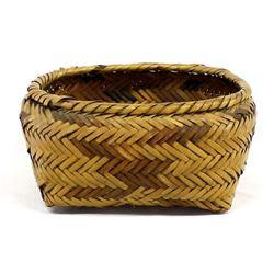 Vintage Native American Choctaw Basket