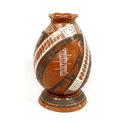 Mata Ortiz Pottery Jar by Yolanda Soto