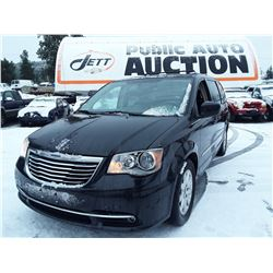 C4 --  2014 CHRYSLER TOWN & COUNTRY , Black , 197233  KM's