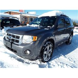 D1 --  2011 FORD ESCAPE XLT  , Grey , 271151  KM's