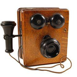 Vintage Oak Wall Telephone  (88510)