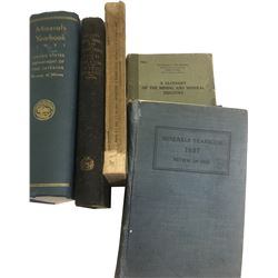 Mineral and Geology Books (5)  (86655)