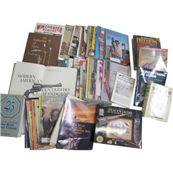 Firearms Library (Books & Magazines)  (85850)