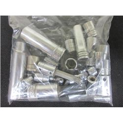 Snap - On bag full of Sockets / Swivels and more 1/4 - 3/8 and 1/2 inch drives