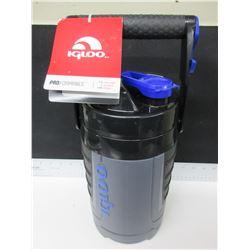 New Igloo 1.89 liter Drink Cooler