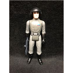 1970'S KENNER STAR WARS ACTION FIGURE IMPERIAL COMMANDER WITH AUTHENTIC WEAPON ( MINT)