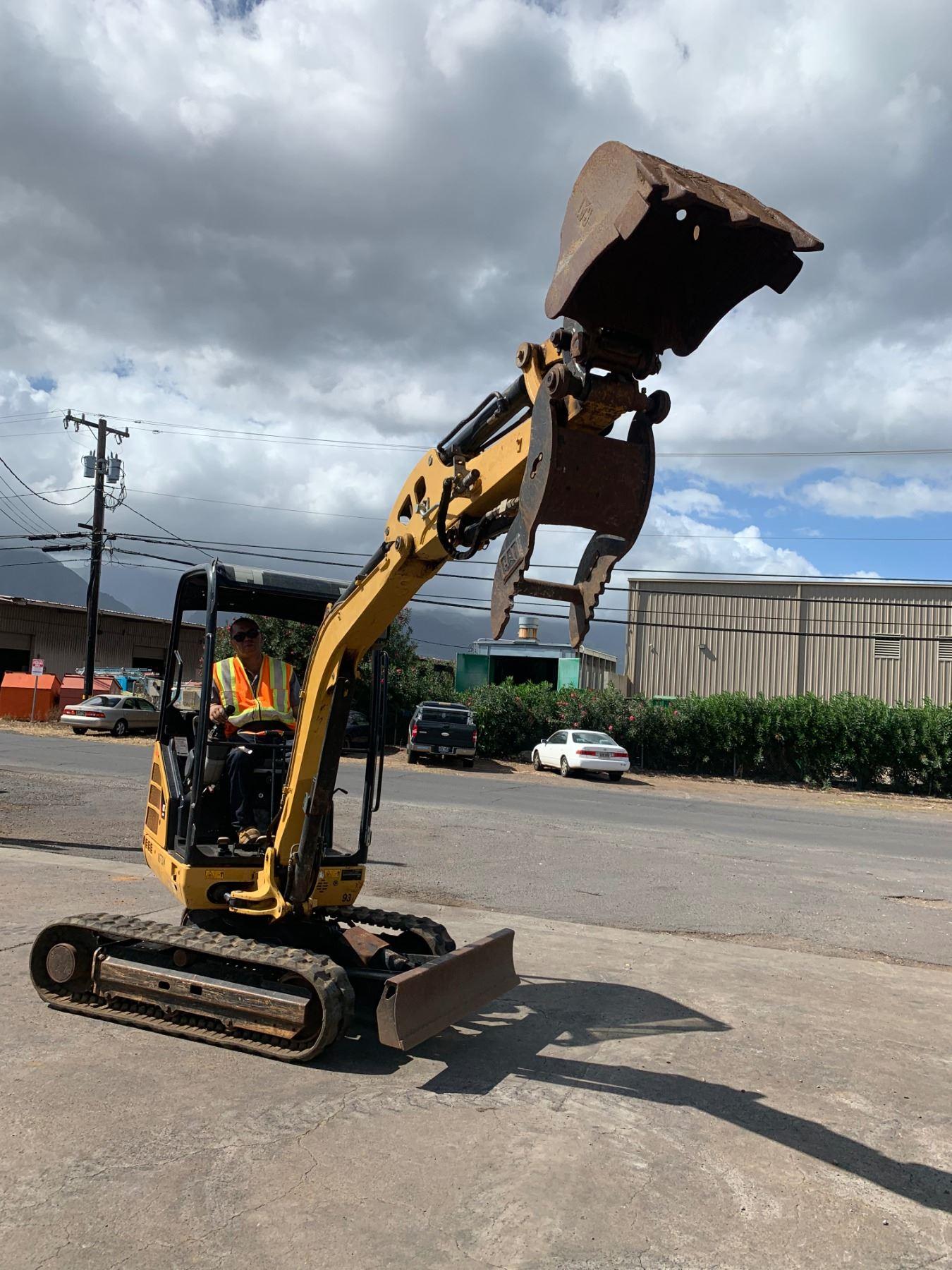 2013 Cat 302 4d Mini Excavator W   Bucket  6k  1562 Hours
