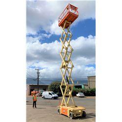 2014 JLG 3248RS Scissor Lift, 32-Ft Platform Height (Runs & Lifts, See Video)