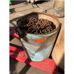 Bucket of Various Lengths of Chain, Approx. 250 Ft