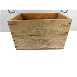 WOODEN CIL DOMINION AMMUNITION CRATE