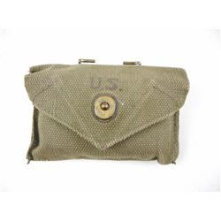 U.S MILITARY FIRST AID PACKET WITH POUCH