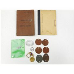 ASSORTED WWI/II VETERAN SERVICE BOOKS, DOG TAGS AND CLIPS