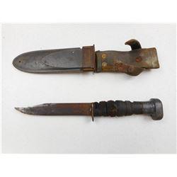 U.S.N. MKI WWII COMBAT KNIFE WITH SHEATH