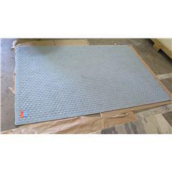 """Blue/Gray Woven Rug 5' x 7'6"""""""