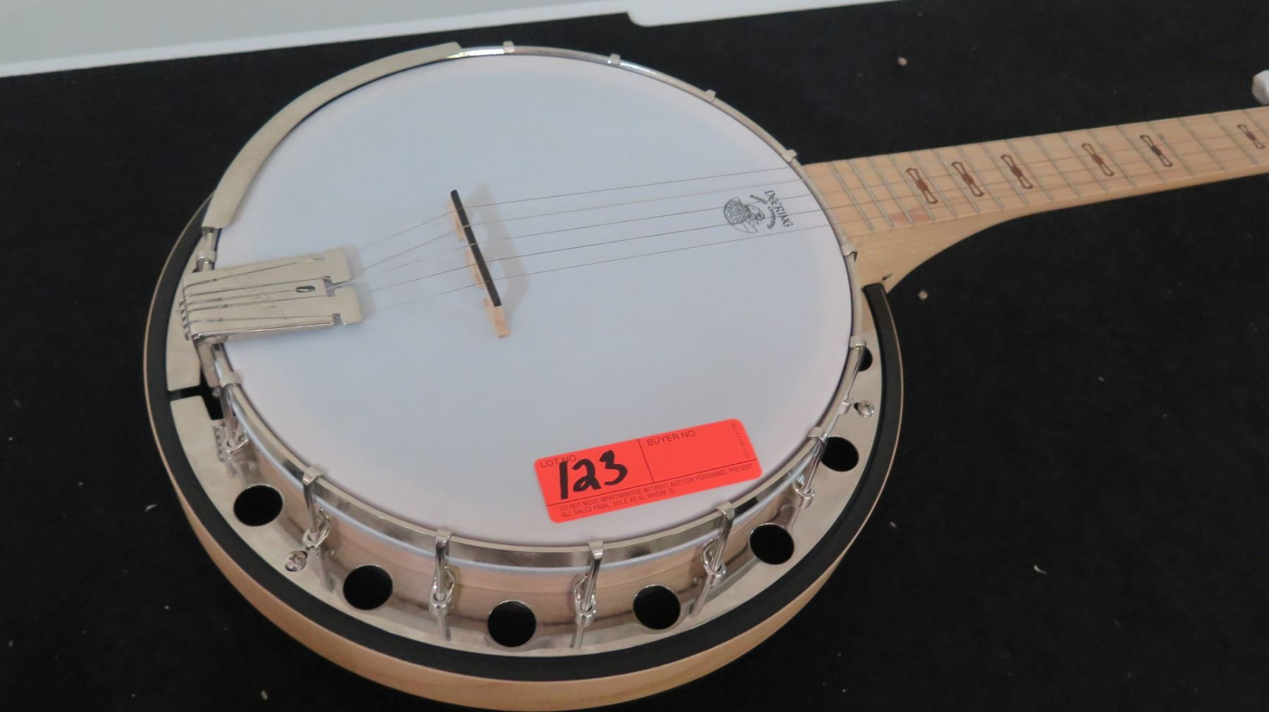 Banjo from Deering Banjo Company - Oahu Auctions