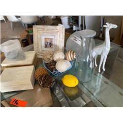 Frosted Glass Vase, Giraffe, Decorative Boxes, Decorative Balls