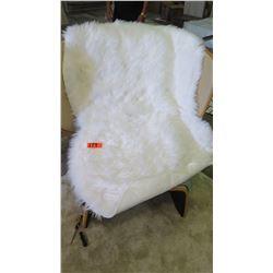 """White Faux Fur Throw, Approx. 60"""" x 36"""""""