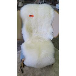 2' x 6' UGG 100% Sheepskin w/ $245 Retail Tag