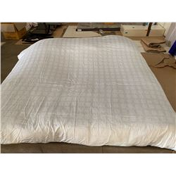 Plush Comforter and Comforter Cover, Lt. Gray, King Size (was used only for staging)