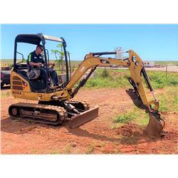 LANAI 2013 CAT 302.4D Mini Excavator, 2168 Hours, Runs