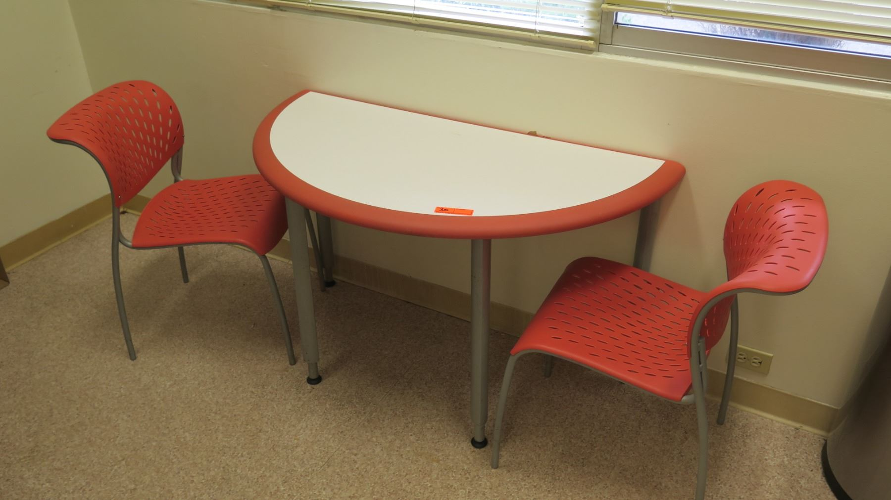 Picture of: Half Round Table W 2 Matching Modern Orange Chairs 47 L 2 Dia Oahu Auctions